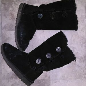 👢 Uggs boots 👢